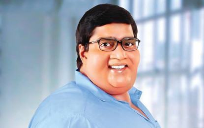 Laddu Babu Movie Review