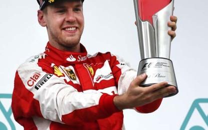 Sebastian Vettel wins Malaysian GP, winning streak ends Mercedes'