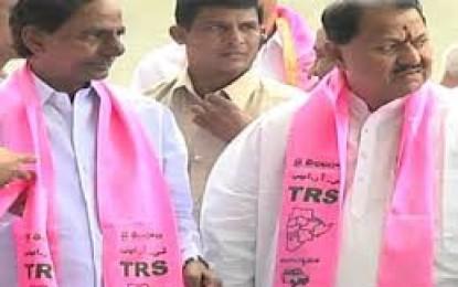 Focus on AP Affairs Instead of Creating Trouble in Telangana, KCR Tells Naidu