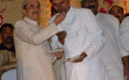 KCR Play the perfect host in Dawat-e-Iftar, promises more