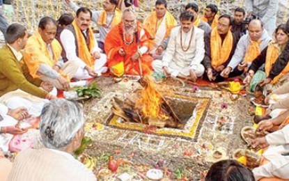 Andhra Pradesh govt orders Yagnas' in temples to appease rain gods