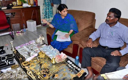 ACB catches the King of AP Corruption
