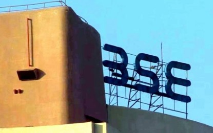 Sensex breaks 32,000 points for the first time; Nifty above 9,800