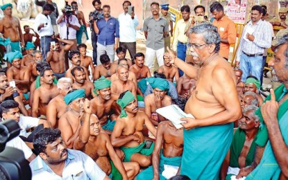 Loan waiver for Tamil Nadu farmers waiting while SC keeps Madras HC order