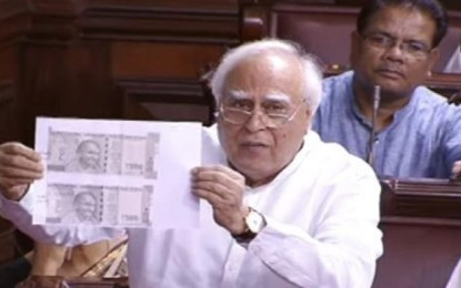 The biggest scam of the century, printing Govt 2 sizes Rs 500, 2000 notes: Cong