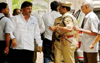 I-T raids day 2: Searches in Delhi house of Shivakumar, B'luru house of in-law