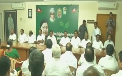 AIADMK factions agree to merge; Dhinakaran has no post in the match