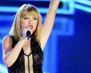 Taylor Swift sued!