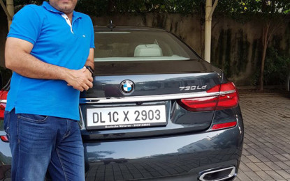 Sachin Gifts Sehwag a BMW Worth Rs.1 Cr