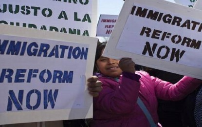 U.S. resumes H-1B premium visa processing