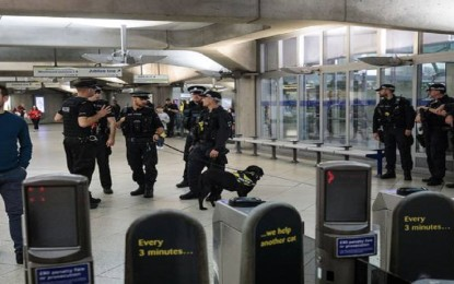 18-year-old arrested in London tube attack, terrorist threat level remains critical