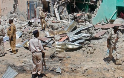 Death toll rises to over 300 in Somalia suicide bombings as funerals begin