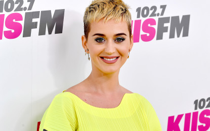 Katy Perry slams plastic surgery rumours