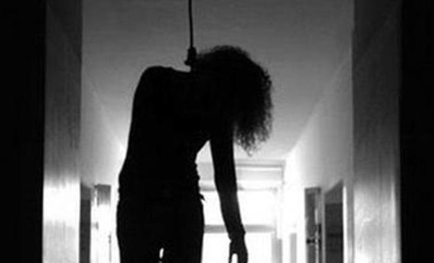 Shocking: MBA student hangs herself amid video call with beau in Hyderabad