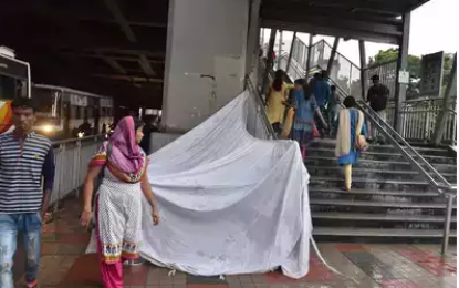 Metro Commuters Fear For Their Safety After Ameerpet Metro Metro Roof Collapses