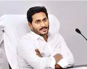 Ex Minister Nara Lokesh Counter Ap Cm Ys Jagan Comments On English Medium Schools Issue